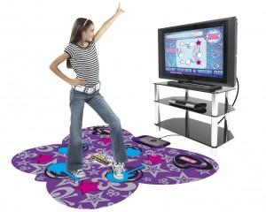 TV-re, számítógépre csatlakoztatható táncszőnyeg